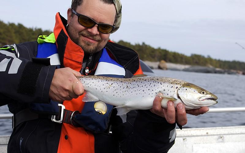 Southwest Fishing Tours - kalastusopas Turun saaristossa